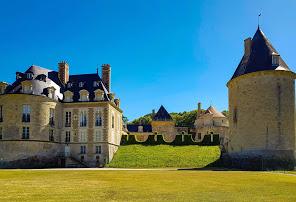 http://www.apremont-sur-allier.com/fr/mieux-connaitre-apremont/le-chateau